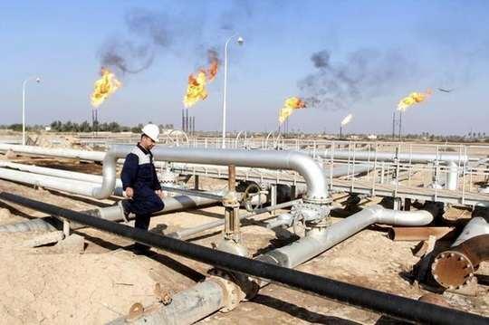 Саудовская Аравия, по слухам, хочет нефть по $100 за баррель. Если цены поднимутся так высоко, уверены аналитики, то почти наверняка произойдет новый обвал на мировом рынке углеводородов.