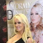 ФБР провело обыски в офисе адвоката Трампа, заплатившего 130 тыс. долларов порнозвезде за молчание о романе с президентом США
