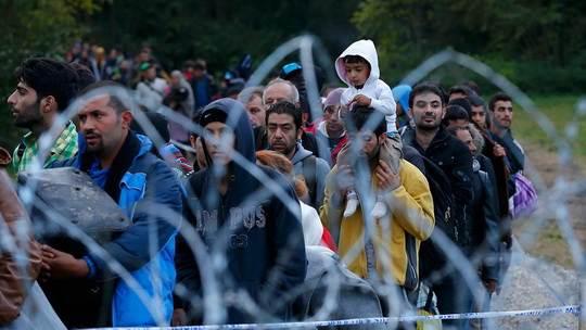 Правительство Венгрии разработало законопроект, предусматривающий наказание для граждан, которые помогают нелегальным мигрантам