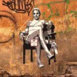 Веселые рисунки московского уличного художника Zoom