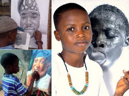 11-летний художник по имени Варис Карим работает в импровизированной студии в бедном районе в Лагосе, Нигерия.
