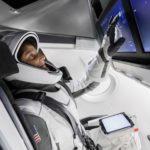 Астронавт NASA рассказала о преимуществах скафандров от SpaceX и Boeing