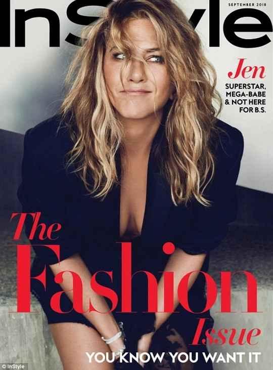 Дженнифер Энистон появилась на обложке сентябрьского номера журнала InStyle.