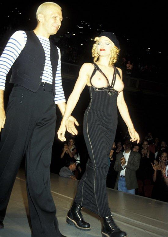 Мадонна на показе John Paul Gaultier, 1992 год