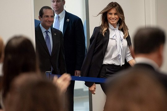 Первая леди США продолжает реализовывать социальную программу против кибербуллинга.