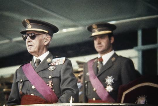 Ф. Франко и будущий король Испании