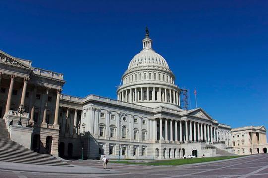 Текст законопроекта о резком ужесточении санкций США в отношении России, внесенный группой сенаторов 2 августа, опубликован на сайте конгресса США.