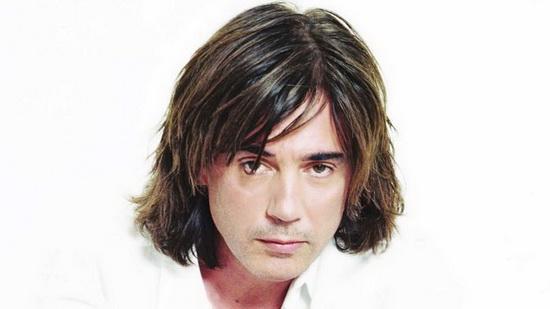 Жан-Мишель Андре Жарр родился 24 августа 1948 года в Лионе, Франция.