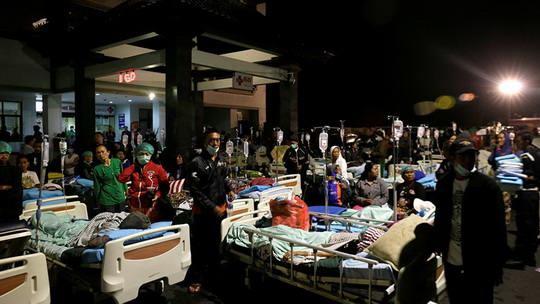Число жертв землетрясения на индонезийском острове Ломбок возросло до 105. Еще 236 человек пострадали.