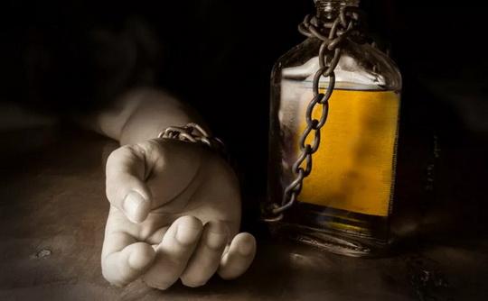 Газета Global Times опубликовала рейтинг вымирающих от пьянства стран со ссылкой на экспертные данные, опубликованные в медицинском журнале The Lancet