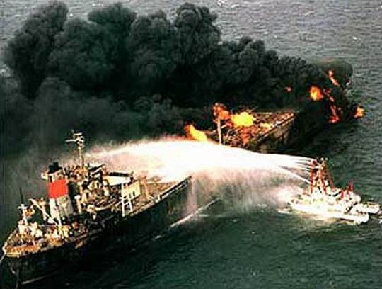 К осени США планируют лишить Иран доходов от экспорта нефти.