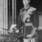 Какой монарх технически находился в состоянии войны с самим собой?