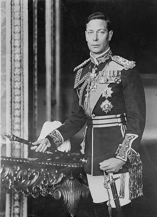 Король Георг VI, как глава Великобритании, был в состоянии войны с Германией.