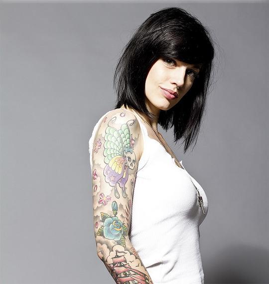 Татуировки находятся слишком глубоко.