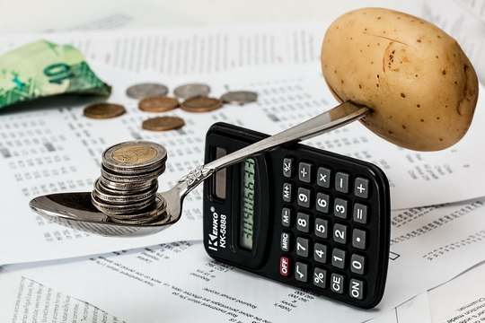 Необеспеченных доходами расходов бюджет на 2019 год нести не должен и не будет, заявил премьер-министр Сергей Румас на заседании Совета Министров