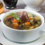 Суп с куриными потрошками и баклажаном