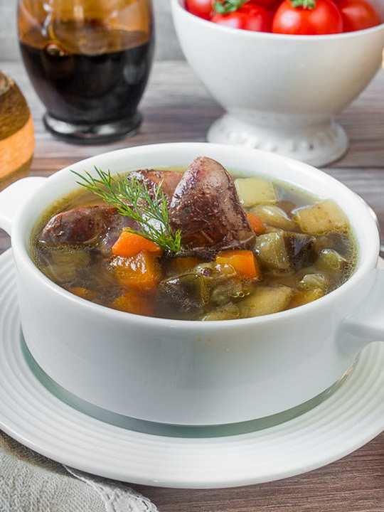 Очень простой по составу, но очень вкусный суп.