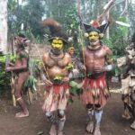 Народ Хули— дружелюбные и гостеприимные охотники за черепами