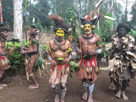 Народ хули компактно проживает в джунглях Папуа - Новой Гвинеи вот уже больше 1000 лет.