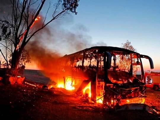 В Израиле не меньше двенадцати человек получили в понедельник ранения в результате ракетных обстрелов юга страны боевиками из сектора Газа