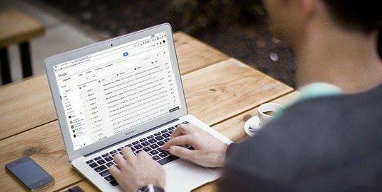 Gmail, как известно, является популярной и чаще всего используемой почтовой службой.