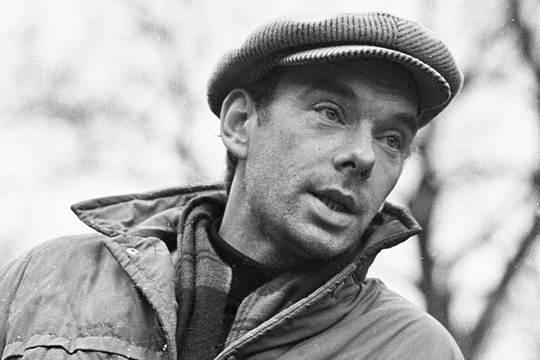 Алексей Владимирович Баталов – актер, народный артист России, общественный деятель. Родился в семье актеров МХАТа.