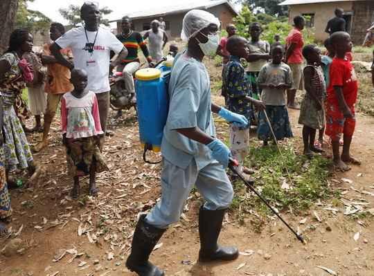 От заболевания в Демократической республике Конго уже умерли почти 300 человек, заразились около 500