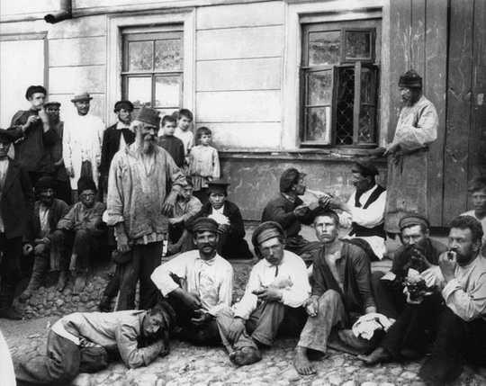 Каждый русский человек хоть раз в жизни встречался с гопниками.
