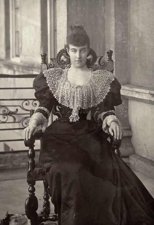 Елена Луиза Генриетта Орлеанская считалась одной из самых завидных невест Старого Света.