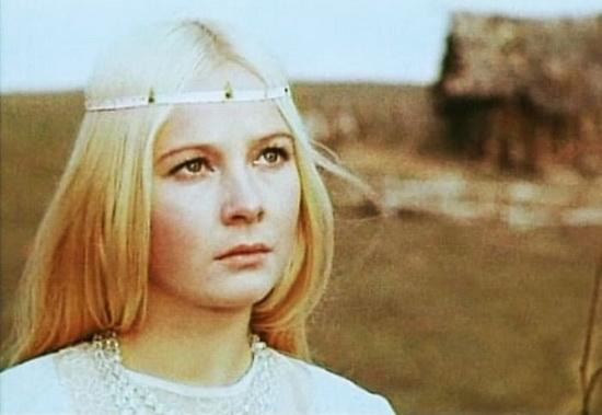 В 1971 г. в фильме «Весенняя сказка» роль Снегурочки исполнила Наталия Богунова.