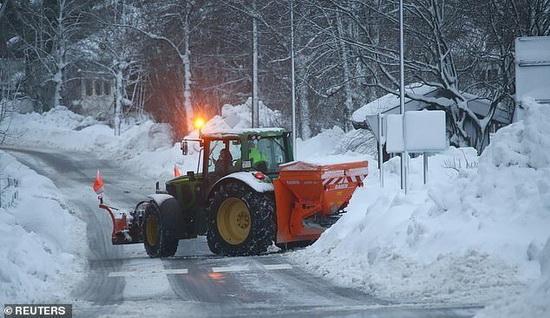 Работы по уборке снега в Германии2