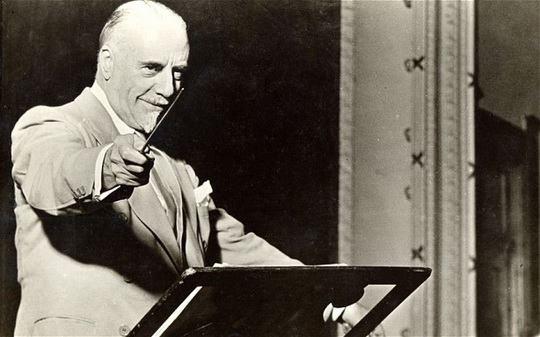 Томас Бичем (1879 — 1961) — британский дирижер, оперный и балетный импресарио.