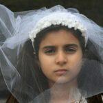 Сотни маленьких девочек насильно выдали замуж в Австралии