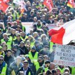 Во Франции на протесты профсоюзов вышли 300 тысяч человек