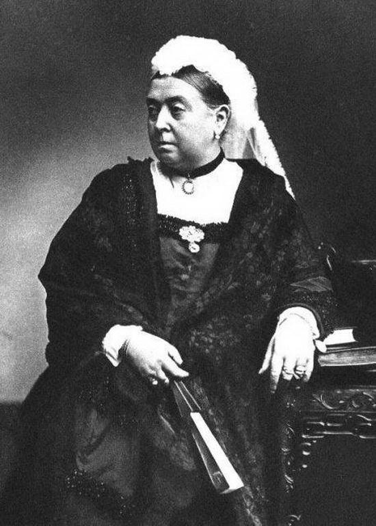 Королева Виктория в 1890 году