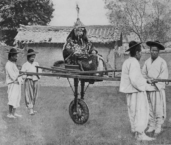 Образ японцев как злых и жестоких колонизаторов в Южной Корее стал классикой.
