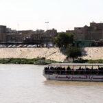 На севере Ирака затонул паром, десятки человек погибли