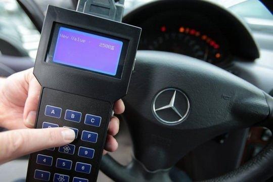 Скрученный пробег — одна из самых распространенных проблем при покупке автомобиля на вторичном рынке.