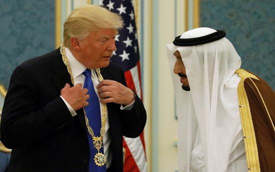 Сенат выступил против курса Трампа в Саудовской Аравии