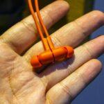 Беспроводные наушники Huawei Freelace, зарядятся от смартфона
