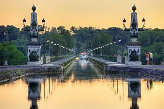 Бриарский водный мост