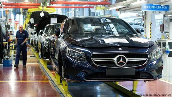 Трамп пригрозил пошлинами на европейские автомобили
