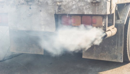 К 2030 году европейские автомобилестроители должны будут снизить выхлопы CO₂ новых автомобилей на 37,5 процента по сравнению с показателем 2021 года.
