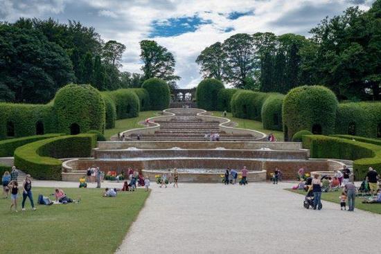 Alnwick Garden - современный вид