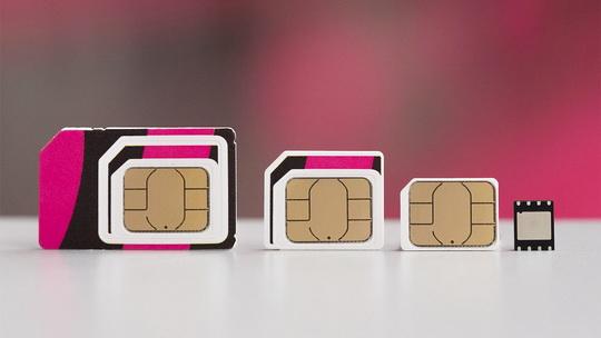 """""""Ростелеком"""" и Tele2 провели успешные тесты eSim — технологии виртуальных SIM-карт, против внедрения которой выступают российские спецслужбы."""