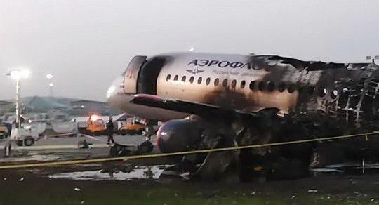 Опубликованы первые предварительные данные по расследованию авиакатастрофы с пассажирским самолетом Sukhoi Superjet 100 (SSJ-100) в московском аэропорту Шереметьево