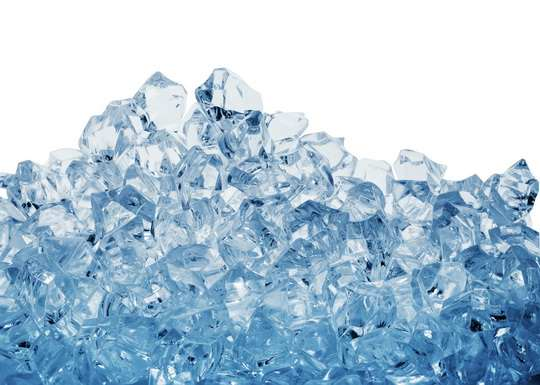 Воздух, в твердом состоянии, будет выглядеть как голубоватый лед. Воздух — это смесь газов, в основном азота (78%) и кислорода (21%).