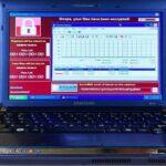 Ноутбук, зараженный шестью самыми опасными вирусами, продается за 1 млн. долларов