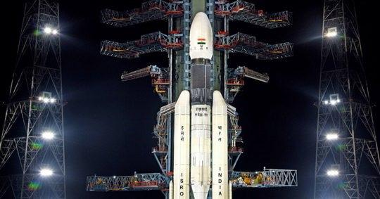 "Индия запустила на Луну межпланетную станцию ""Чандраян-2""."