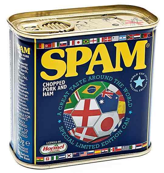 В 1937 году в США появились мясные консервы, названные SPAM по сокращению слов spiced ham — «ветчина со специями».